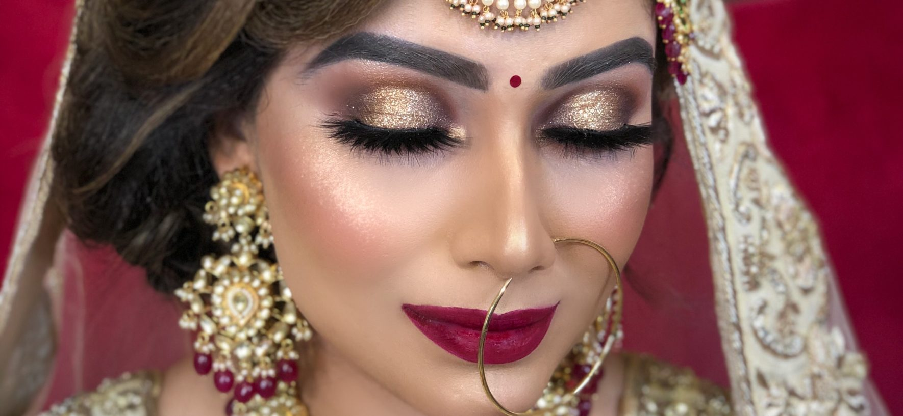 Four Tips For Hiring The Best Makeup Artist On Your Wedding