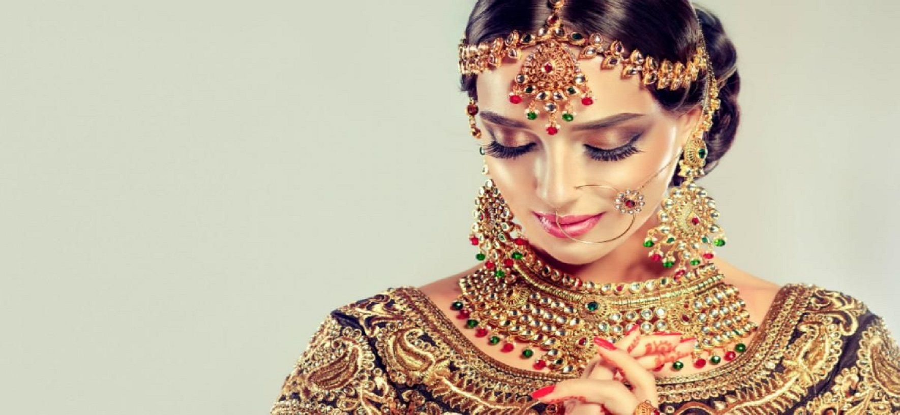 Six Amazing Tricks To Wear Your Make Up Right This Monsoon!