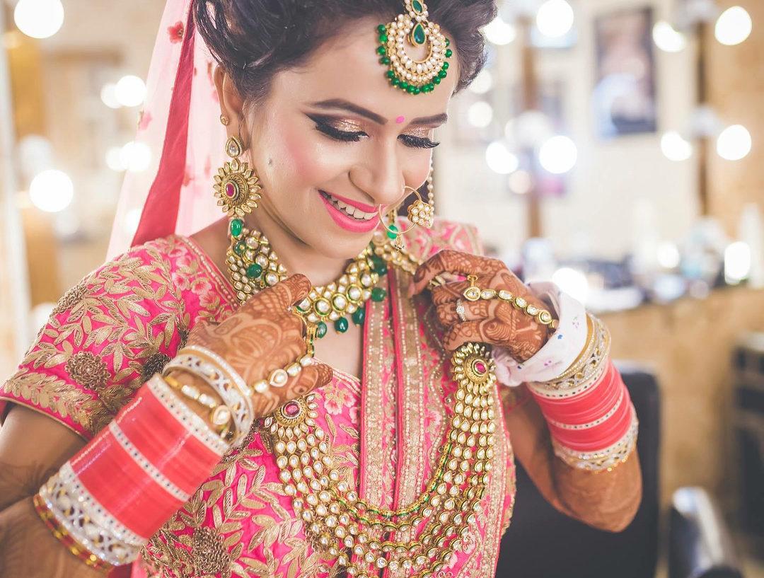 7 Essential Lessons For Hiring A Bridal MUA