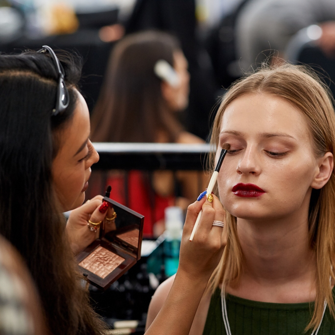 Important Makeup Dos And Don'ts For Every Summer Bride
